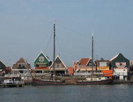 400px-Volendam.jpg